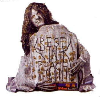 Grave stone Zombie Widow Deco Prop