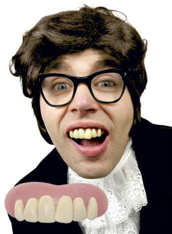 Austin Powers teeth