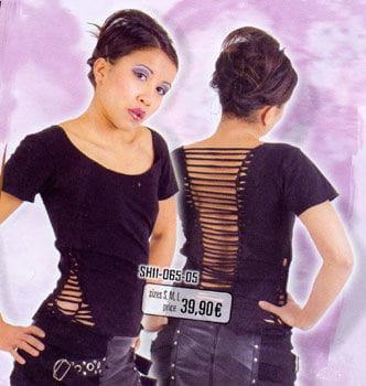 blk. Lycra Shirt Risse an Rücken u. Seite Gr. M